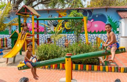 Juegos para niños — Isla Lizamar (Islas del Rosario, Colombia