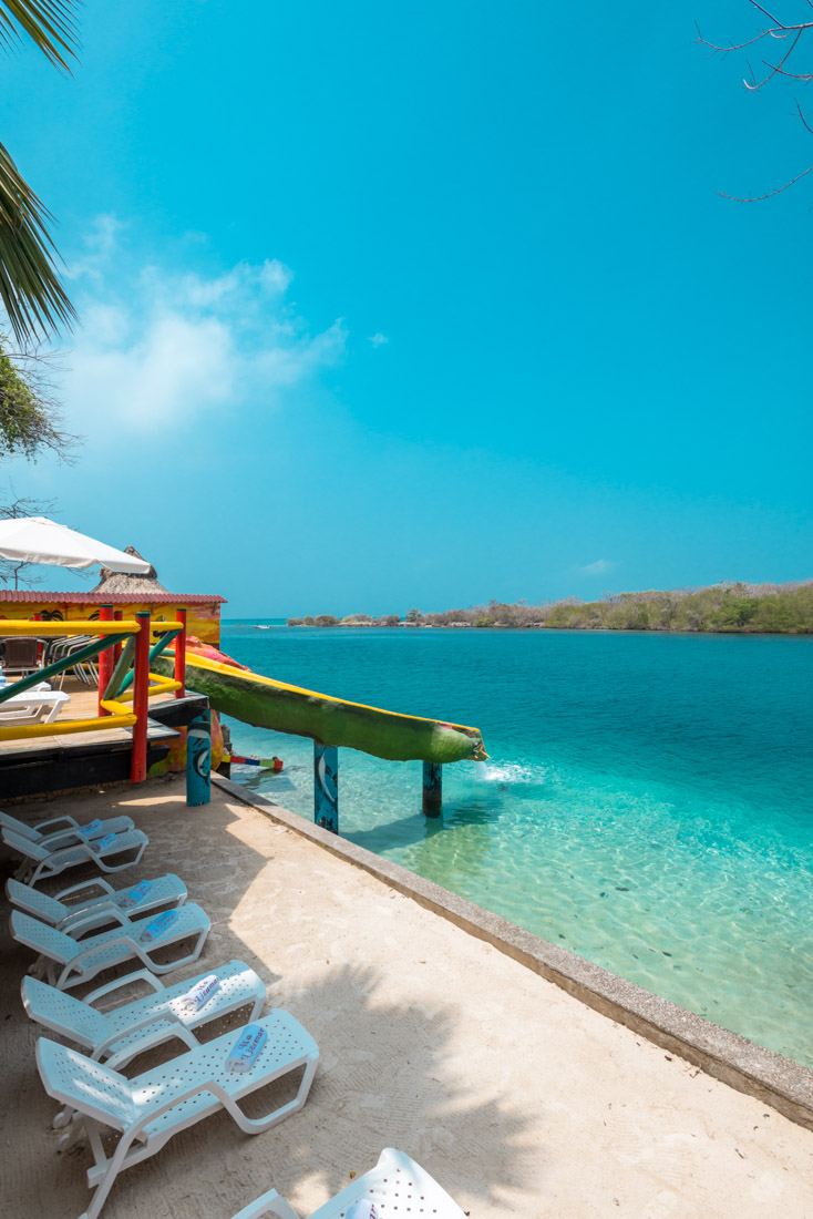 Asoleadoras — Isla Lizamar (Islas del Rosario, Colombia)