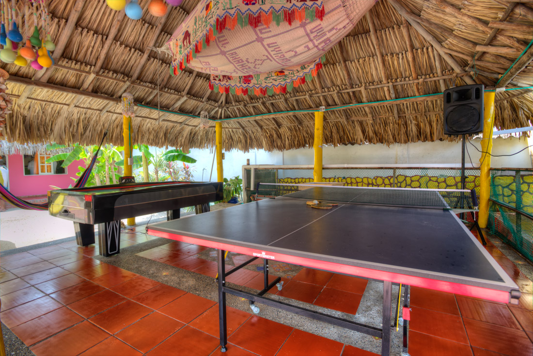 Juego de pingpong — Isla Lizamar (Islas del Rosario, Colombia)